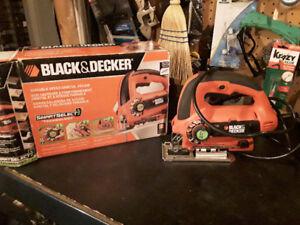 Scie sauteuse black decker js660 120 volt, 5 amps a l'État neuf