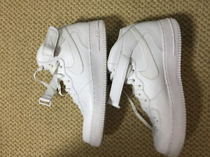 AIR FORCE 1 WHITE FOR SALE $60 Cambridge Kitchener Area image 1