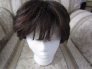Ladies short haired wig