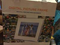 "12"" digital photo frame used once"