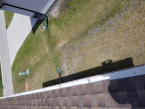 Eavestrough cleaning and repair