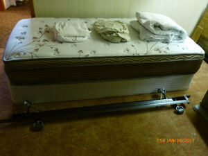2 twin box spring and mattress sets