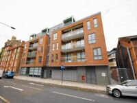 Modern Newly Built 1 Double Bedroom Apartment With Private Balcony Located In Kings Cross