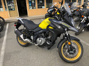 SUZUKI 650 XT ABS V-STROM LIKE NEW. LOW, LOW,  KMS.