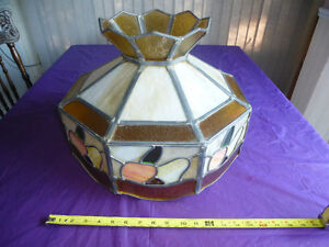 LARGE ANTIQUE STAINED GLASS TIFFANY STYLE HANGING LAMP SHADE Kingston Kingston Area image 2