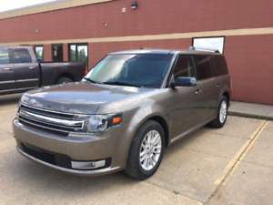 2014 Ford Flex sel low km! Awd