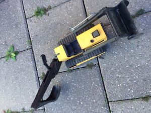 TONKA TRUCK WITH MOVEABLE SCOOP!  Super fun!! (Delete when sold) London Ontario image 3