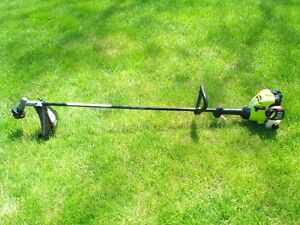 POULAN P2500 STRAIGHT SHAFT, GAS GRASS TRIMMER $75.
