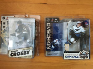 SYDNEY CROSBY AND ALEX OVECHKIN FIGURES. NEW