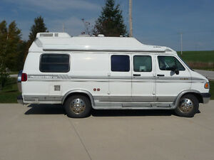 """WANTING TO PURCCHASE CLASS """"B"""" MOTORHOME"""