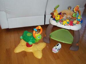 Soucoupe exerciseur bright start avec surplus de jouets
