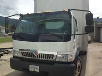 2007 International CF600 Van