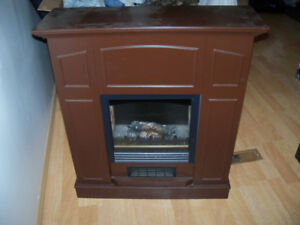 ELECTRIC FIREPLACE HEATER GOOD CONDITION $65