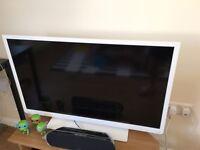 Toshiba 40 Inch Full HD 1080p TV - White