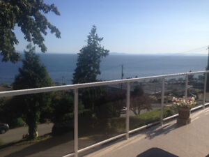 FURNISHED UPPER LEVEL HOUSE SWEEPING OCEANVIEW 3 BED 1.5 BATH