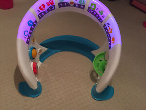 Fisher-Price Bright Beats Smart Touch Play Space Oakville / Halton Region Toronto (GTA) image 3