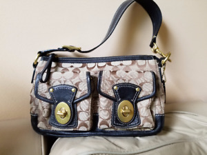 Authentic  COACH Legacy Turnlock Signature Fabric Shoulder Bag