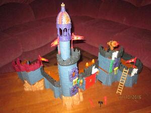Gros château à construire