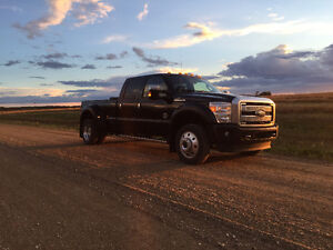 2016 Ford F-450 Platinum Pickup Truck
