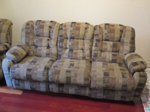Lazy Boy Living Room Recliner Set 3 seaters