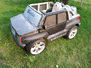 Power Wheels Escalade