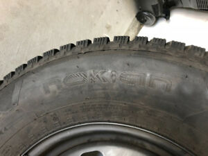 Four Nokian Light Truck/SUV Winter Tires - 265/70r17 115t