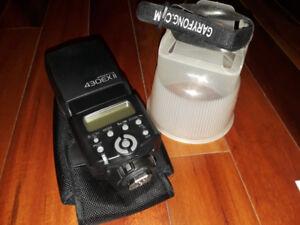 Flash Canon 430 EX II presque pas utilisé et diffuseur