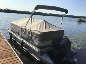Pontoon Boat | Kijiji in Kingston  - Buy, Sell & Save with Canada's