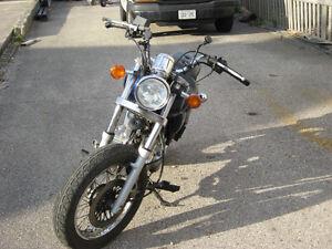 2003 suzuki gz 250 marauder parts bike London Ontario image 3