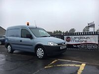 Vauxhall combo 2000 cdti 2010 years mot fridge van