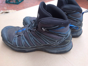 Salomon Breathable Hiking/Trail Running Boots