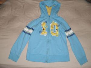 Vêtements pour petite fille 7-8 ans