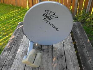 Bell Satelite Dish - SD and HD heads