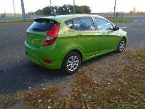 2012 Hyundai Accent GL Berline Saint-Hyacinthe Québec image 2