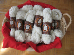 Pure Virgin Wool 4ply 1.800 g
