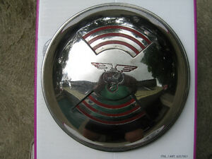 1946 Mercury car stainless steel dog dish hubcap, near mint