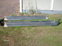 Running boards for a 1999 Toyota 4 Runner will fit other years.