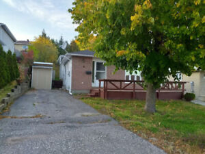 Elliot Lake - 3 BR detached home on a quiet side street for rent