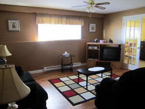 1000 square feet  Apartment for rent in west end For rent !!! Re St. John's Newfoundland image 3