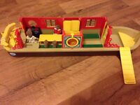 Sylvanian family with Barco de canal boat