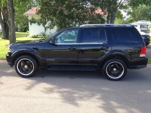 2003 Lincoln Aviator AWD SUV, Crossover