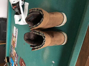 North Face boot (barely used) Windsor Region Ontario image 3