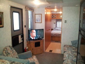 Well cared for 31.5' Citation Windsor Region Ontario image 4