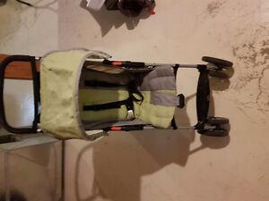 Mini traveling stroller