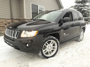 2011 Jeep Compass 70th Anniversary - Fully Loaded & Mint Shape