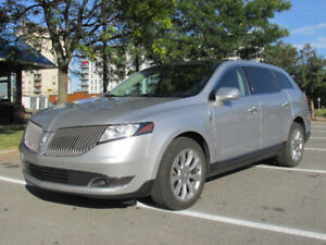 2013 Lincoln MKT  7-pass / Cuir / Toit Pano / Cam / 1 seule taxe