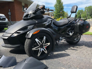 Can-Am Spyder 2009 Phantom Edition