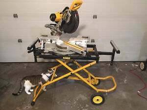 dewalt 10-inch Double-BevelSliding Compound Miter Saw with stand
