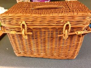 Vintage picnic basket Kitchener / Waterloo Kitchener Area image 1
