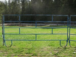 Portable Metal Corral Panels - USED